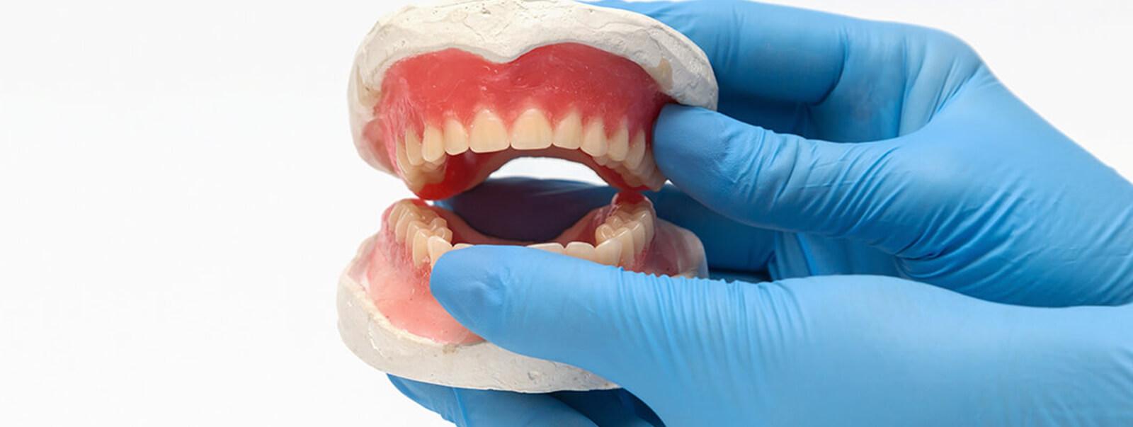 Systematische Parodontitisbehandlungen in Ungarn